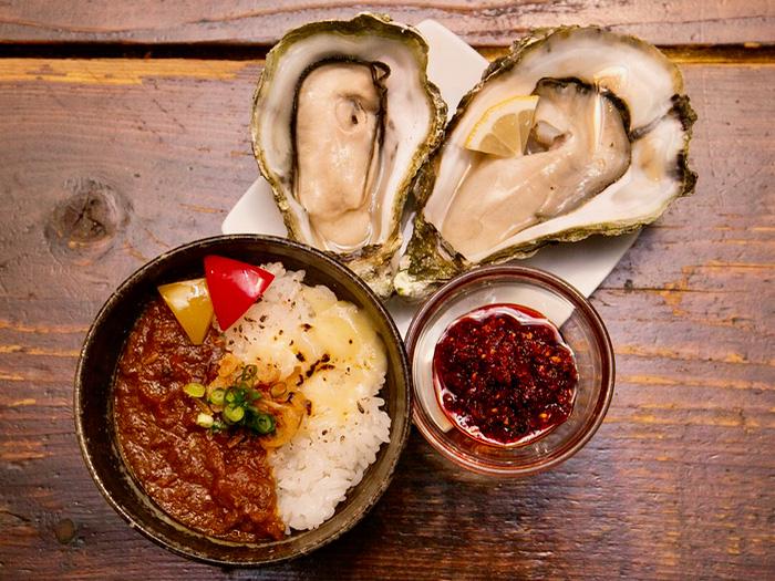 マップ番号 05 atelier? 『自家製辣油で牡蠣とプチカレー』