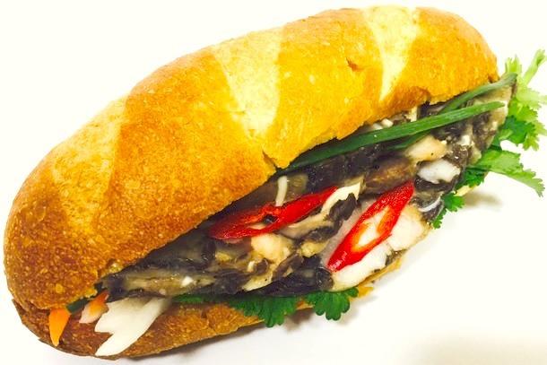 Bánh mì Giò Thủ(バインミージョートゥー)550円(税込)※予定
