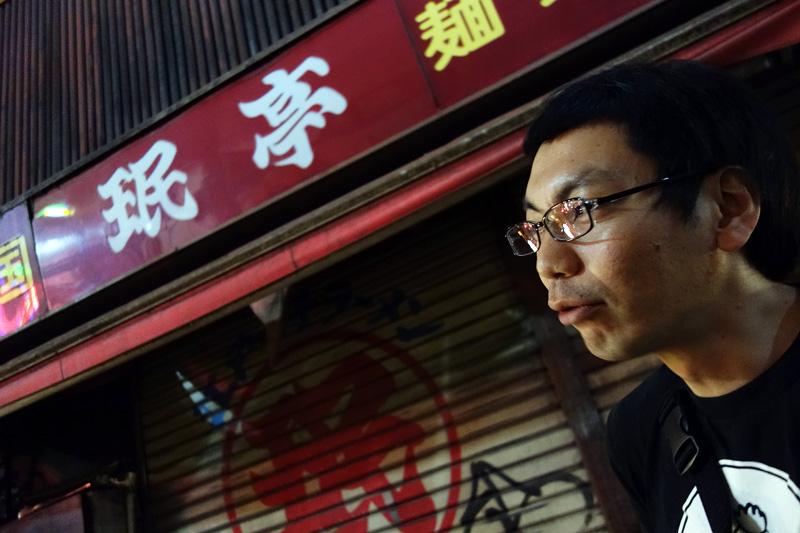 定休日の珉亭を横目に、ばるばる下北沢の感想を語ってくれました 注:珉亭はばるばる下北沢参加店ではありません