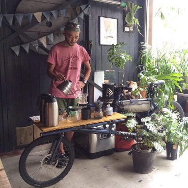 NPO 法人スーパーダディ協会 × charincoffee 10 分で美味しくコーヒーがドリップできるワークショップ