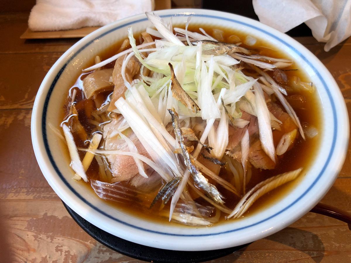 ラーメン 凪の「冷やし煮干そば」850円(税込)