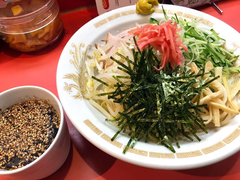 一龍の「冷やし中華つけ麺」800円(税込)