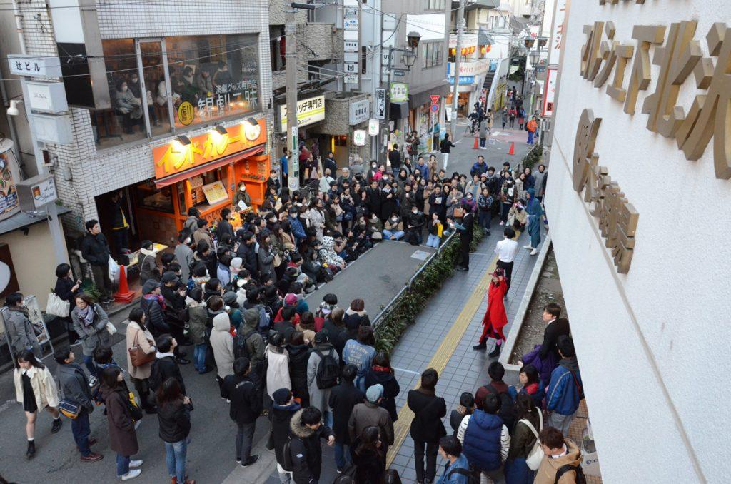 柿喰う客(路上演劇祭)