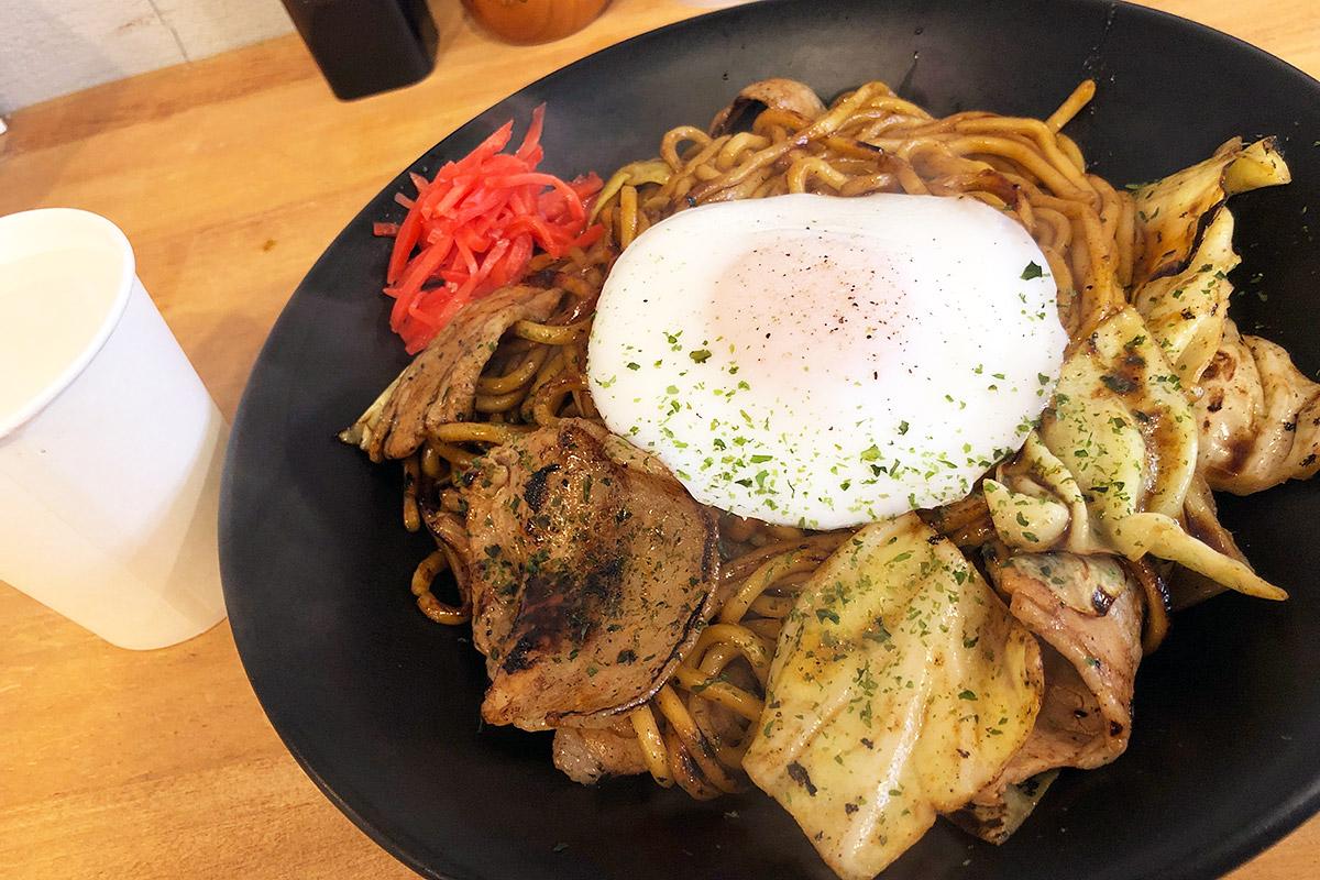 東京焼き麺スタンドの『激辛焼きそば』850円(税込)