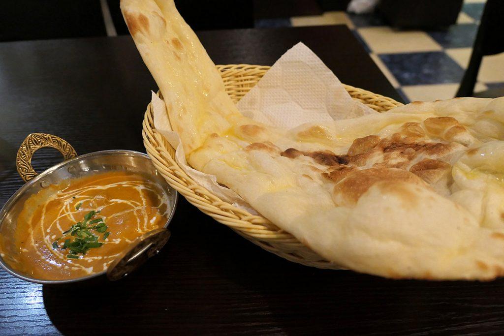 SAHARAの『サハラで1番人気のチキンカレー』