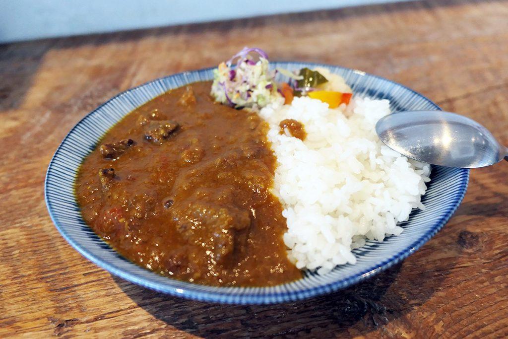 yuzukiの『トロトロ牛スジのスパイスカレー』