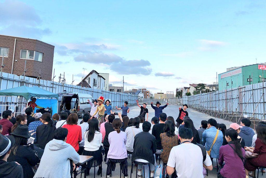 ぱくぱくパーク2018での「路上演劇祭2」の模様