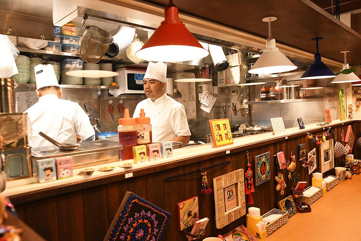 厨房のスタッフは全てタイの方で、全体でみても7割がタイ人スタッフとのこと