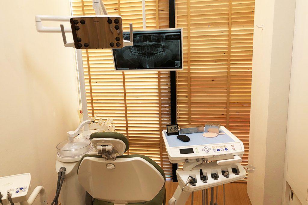 診察・治療スペースはほぼ個室。他の患者さんの目を気にする必要はありません
