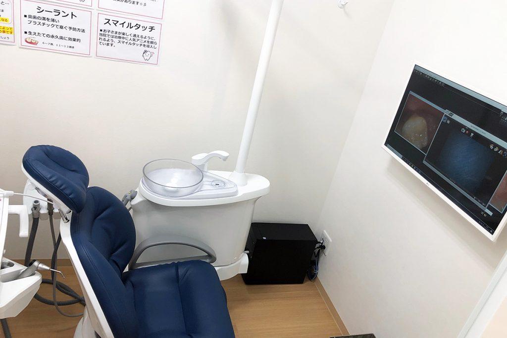 こちらはキッズ向けの診察室、こちらは完全個室