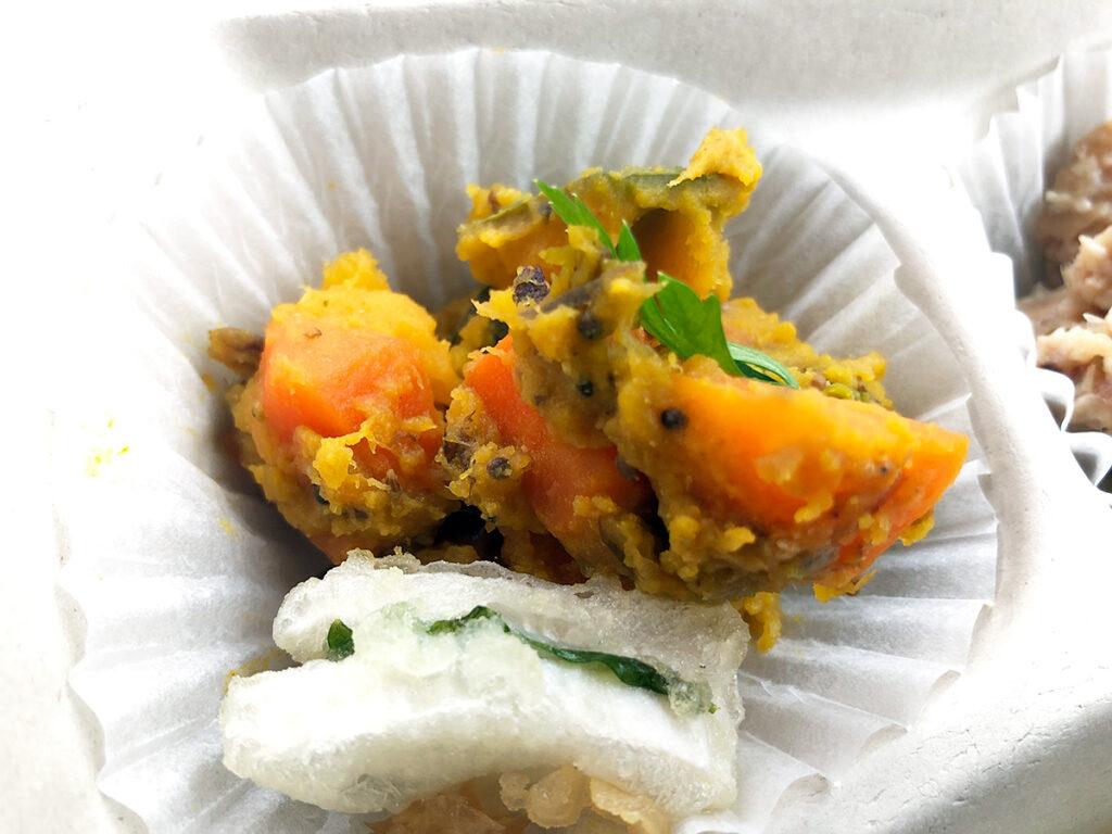 突然インド料理っぽさを感じる「鰹節とかぼちゃのマサラ」