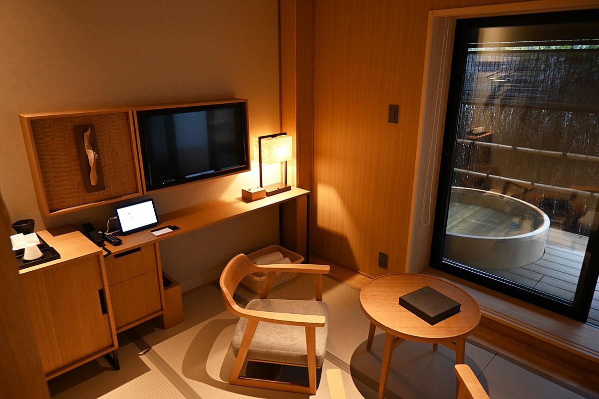 2室限定の露天風呂付きのお部屋です