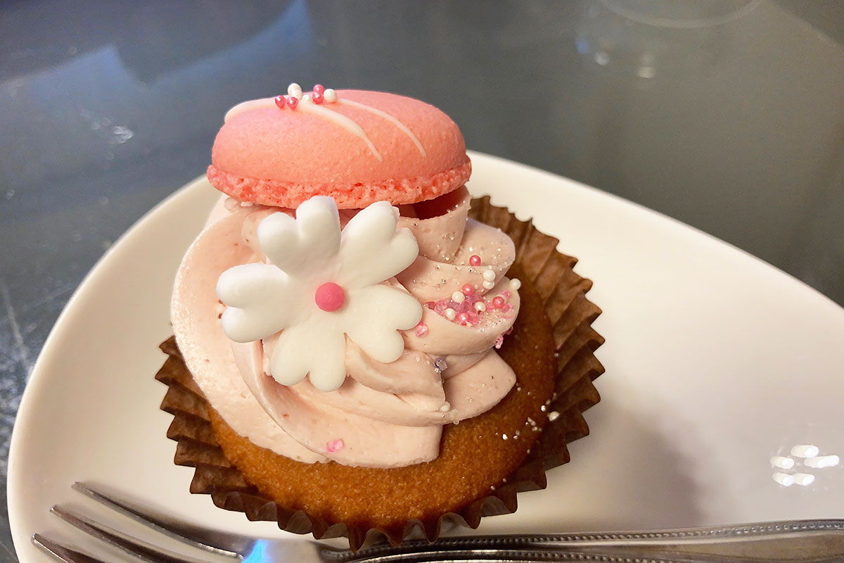 N.Y.Cupcakesの「いちごのマカロン」470円(税込)
