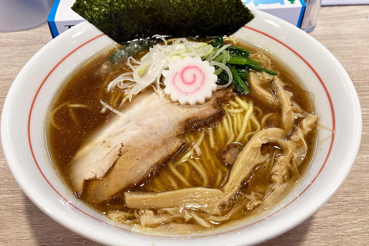 マルキ食堂の「中華そば」800円(税込)