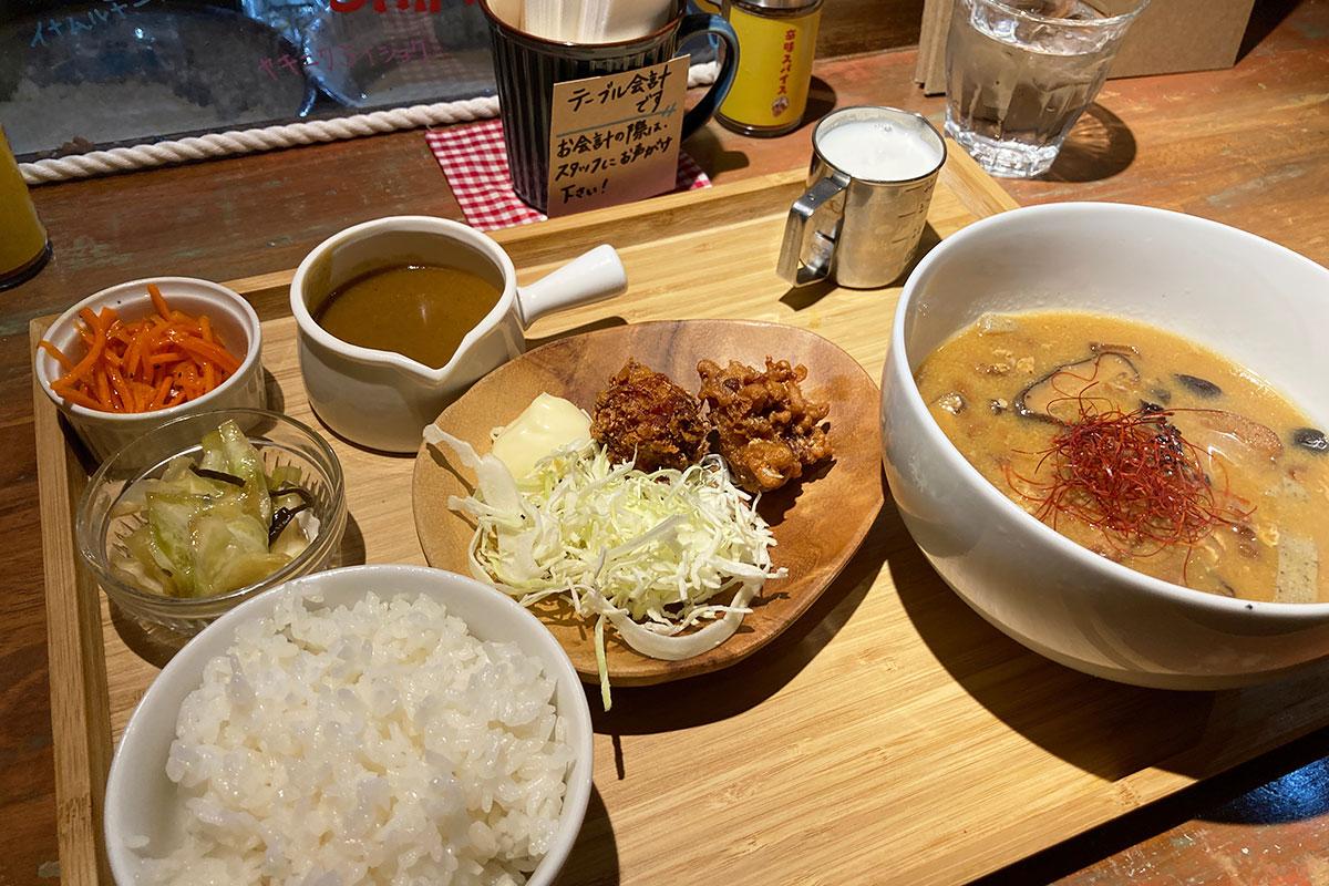 大阪マドラス22号店の「イナムルチ定食」